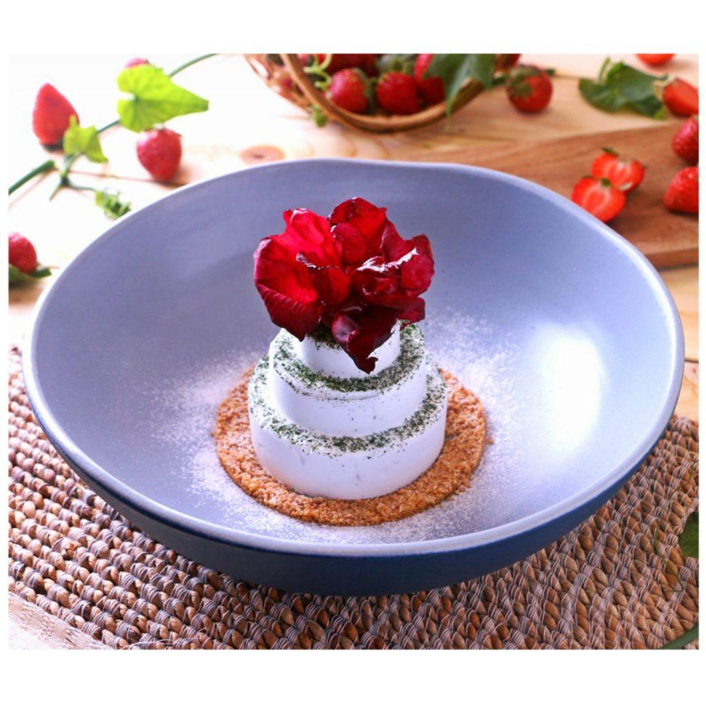 Delicious SnowWhite presented by Cuca Bali restaurant